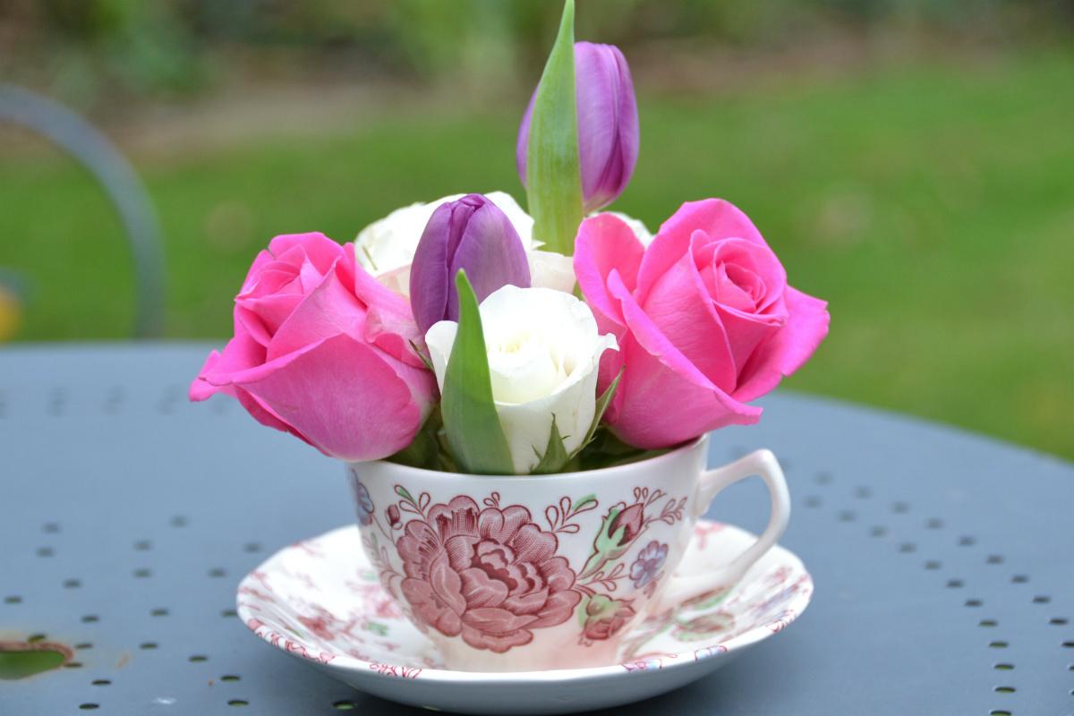 身近に花を楽しむ飾り方 ~お花*あれこれ事典~