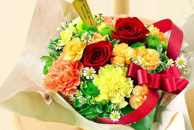 お母さんのタイプ別! 母の日におすすめの花