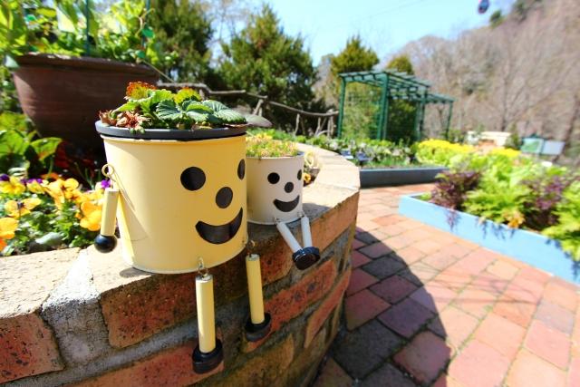 鉢植えやガーデニングの基本~花がら摘み~
