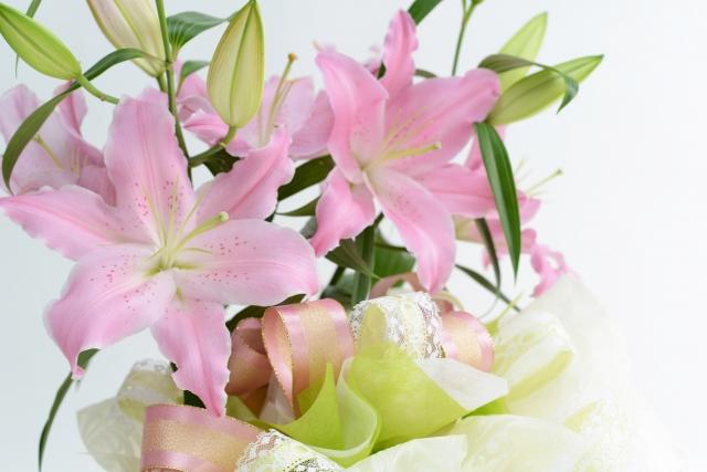 6月の誕生花~初夏から夏が旬のユリ~
