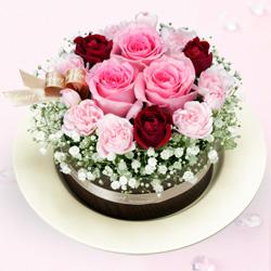 ピンクバラのフラワーケーキ