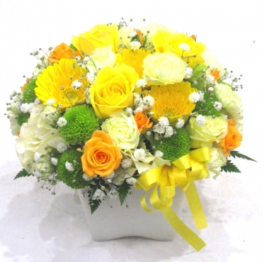 《Flower arrangement》Colon Yellowサマーギフト特集(宅配)